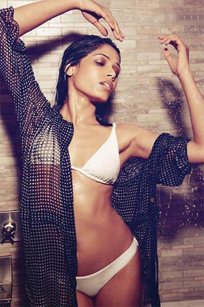 Freida pinto sexy video