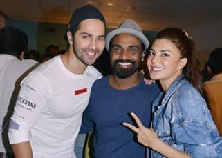 From Akshay Kumar to Ranveer Singh, Bollywood celebs make 'Dishoom' screening a festival with their reunions!