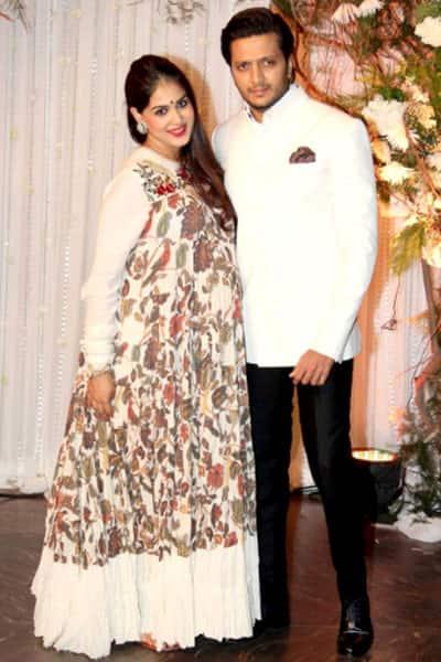 Genelia Dsouza Snapped With Riteish Deshmukh At Bipasha And Karans