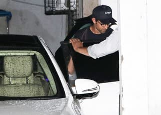 Hrithik Roshan's frequent visit to the doctor has left us worried – photos
