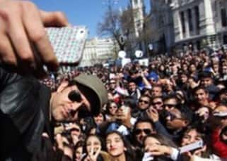 Hrithik Roshan's selfie with fans in Madrid