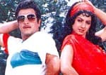 Jeetendra was the perfect trendsetter of the 80s, here's why!