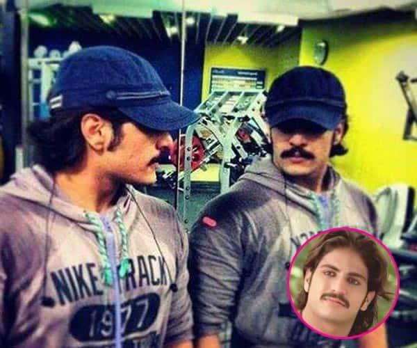 Jodha Akbar actor Rajat Tokas is staring at himself in the mirror!