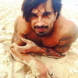 Karan Singh Grover: 5 droolworthy pictures of the birthday boy
