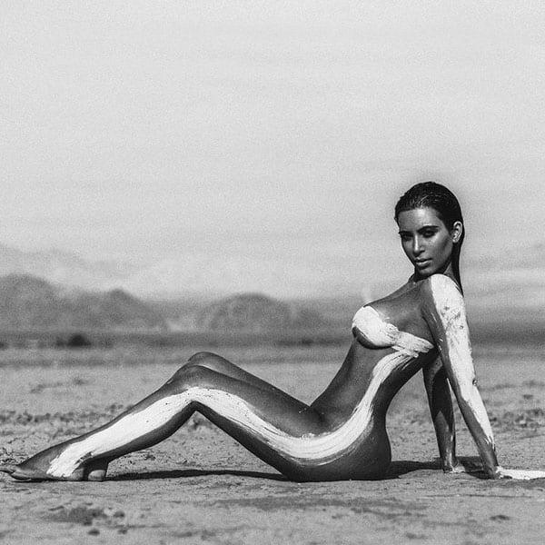 New kim kardashian nude photo
