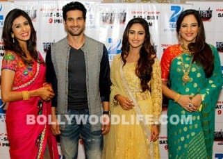 Krystle D'Souza promotes the upcoming ZEE TV show 'Brahmarakshas' with other co-actors, see pics!