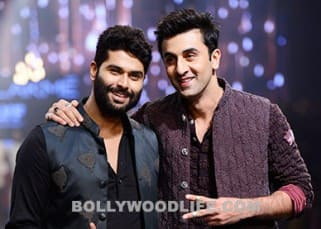 Lakme Fashion Week 2016: Ranbir Kapoor looks dishy in a traditional avatar as he walks for Kunal Rawal!