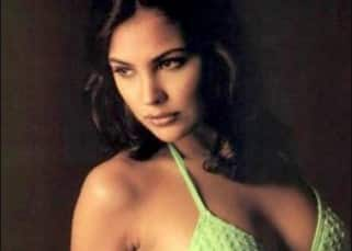 Lara Dutta Hot & Sexy Photos