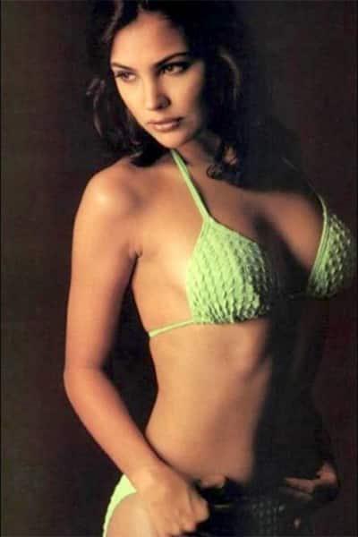 Sexy pics of lara dutta