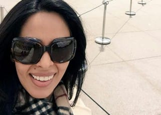 Mallika Sherawat's selfie at Louvre museum in Paris
