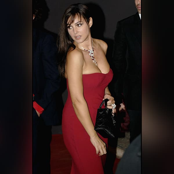 Monica Belluci Is Looking Extremely Seducing In This Picture
