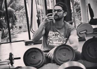 Neil Nitin Mukesh gym selfie