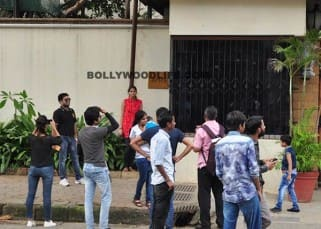 People clicked outside Amitabh Bachchan's residence Jalsa