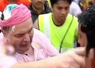 PHOTOS: Rishi Kapoor and Randhir Kapoor manhandle journalists and fans during Ganpati visarjan