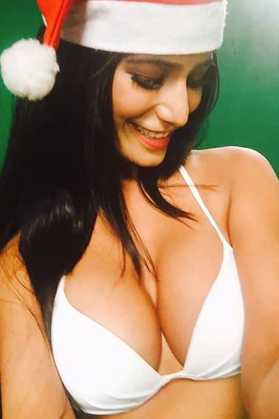 Sexy poonam pande