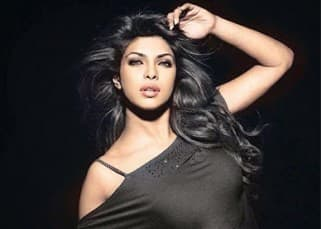 Priyanka Chopra Hot & Sexy Photos