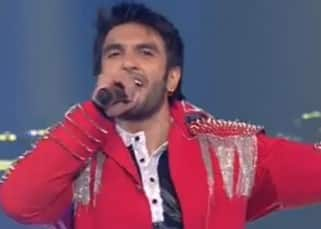 Ranveer Singh's cheering interaction with his fans at Vivo IPL opening ceremony