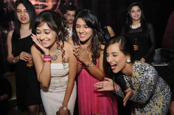 Rashmi Desai and Nandish Sandhu at Tina Dutta's birthday bash
