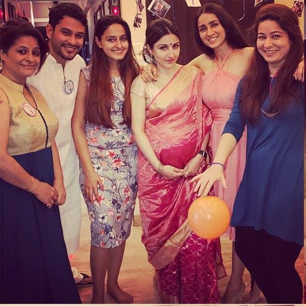 59fc5b51cd62e Saif Ali Khan and Kareena Kapoor give Soha Ali Khan's baby shower a miss
