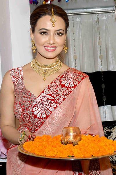 Sana Khan's Diwali celebrations at her house