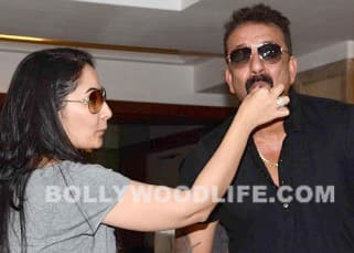 Sanjay Dutt celebrates his birthday with media, see pics!