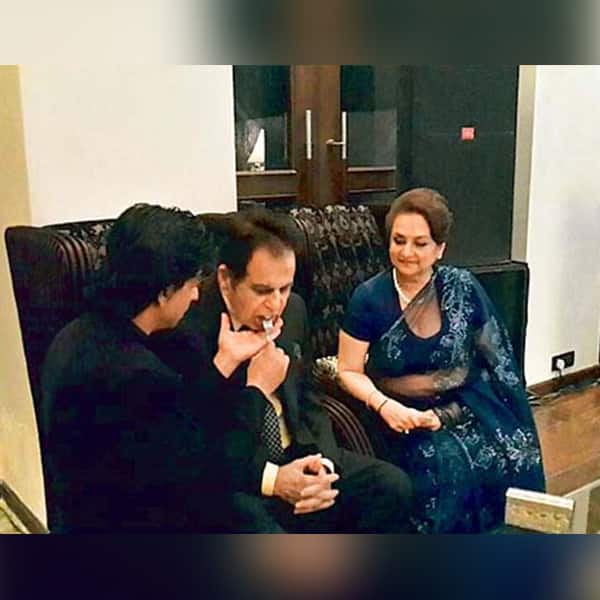 Shah Rukh Khan was nothing less than an affectionate son to Dilip Kumar