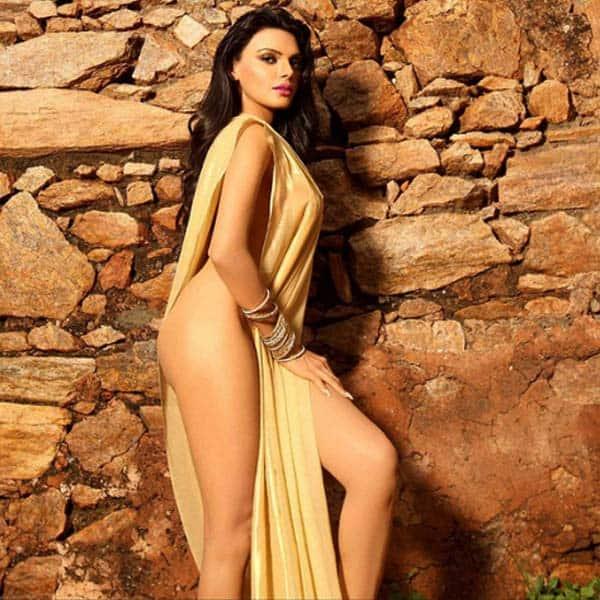 Sexy nude sherlyn chopra