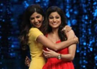Shilpa Shetty and Shamita Shetty shake a leg on Baras Ja Ae Badal on the sets of Super Dancer!