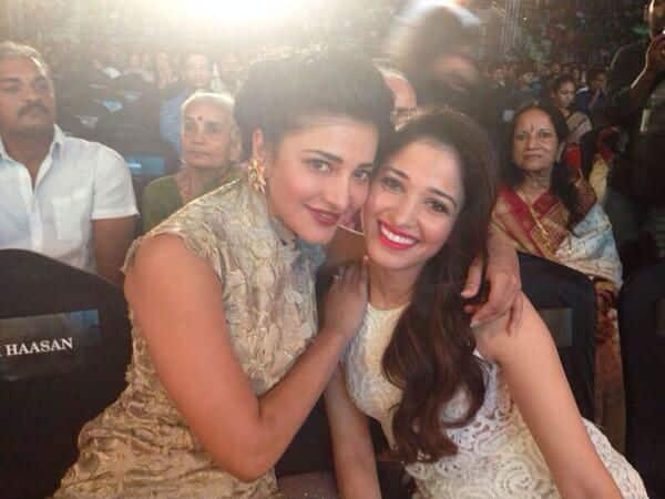 Shruti Haasan and Tamannaah Bhatia strike a pose!