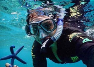 Sonakshi Sinha goes snorkelling, posts selfie on Instagram