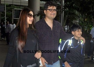 Sonali Bendre snapped with family at Mumbai airport