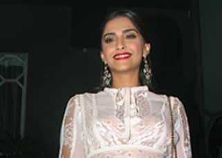 Sonam Kapoor at Sanjay Leela Bhansali's party for winning National award