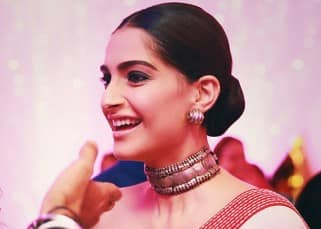 Sonam Kapoor clicked during Karan and Bipasha Basu's wedding reception