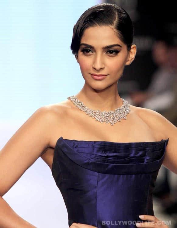 Sonam Kapoor flags off the India International Jewellery Week