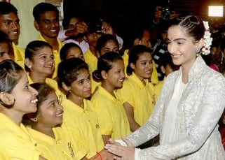 Sonam Kapoor had a quick interaction with volunteers at the exhibition