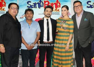 Star cast of 'Santa Banta Pvt. Ltd.' with the director