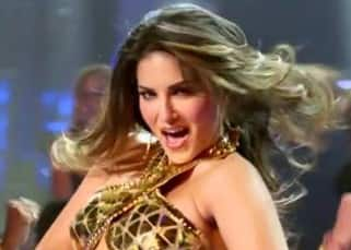 Sunny Leone in a still of  'Do Peg maar' song from 'One Night Stand'