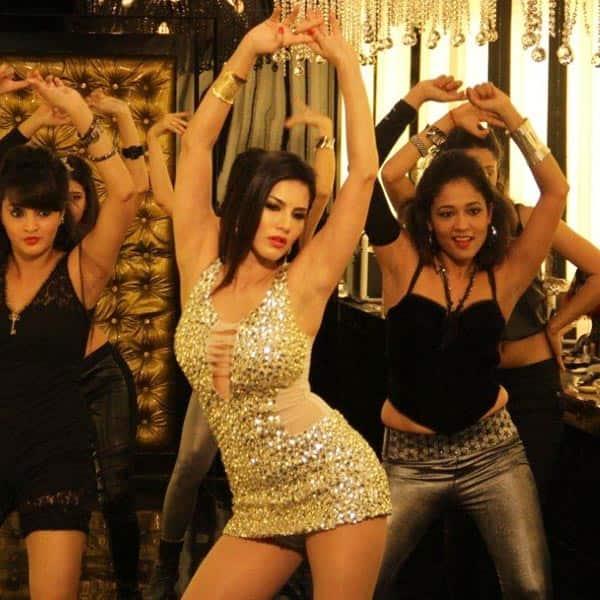 Do peg maar video song one night stand sunny leone neha kakkar tony kakkar tseries youtube - 3 7