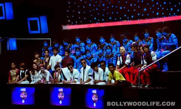 Vidya Balan and Emraan Hashmi on the sets of India's Dancing Superstar promoting Ghanchakkar