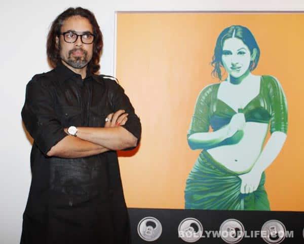 Vidya Balan at Vivek Sharma's exhibition