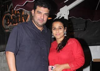 Vidya Balan celebrates husband Sidharth Roy Kapur's birthday with a romantic dinner date!
