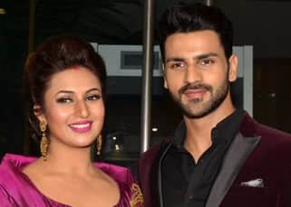 Vivek Dahiya posing with wife Divyanka Tripathi during reception in Mumbai