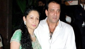Sanjay Dutt flies to Paris