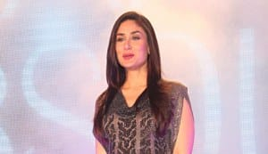 Kareena sizzles at the Lakme Fashion Week