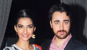 Imran Khan and Sonam Kapoor at StarWeek magazine's anniversary
