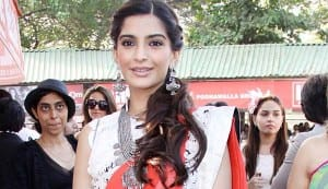 Sonam Kapoor steps into Rekha's shoes for Khoobsurat remake