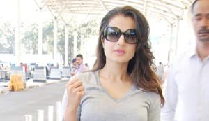 Ameesha Patel pays up duty fine at Mumbai airport