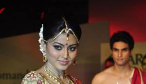 Sneha chooses career over marriage to Prasanna