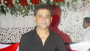 Anees Bazmee to direct Aankhen sequel titled Aankhen Char?