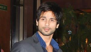 Shahid Kapoor bags lead in the Hindi remake of 'Vettai'?